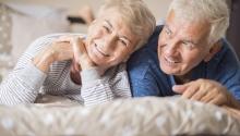 Senior kikapcsolódás relaxáló wellness pihenéssel